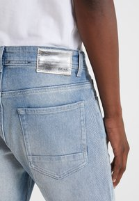 BOSS - TABER - Jeans Tapered Fit - bright blue - 5