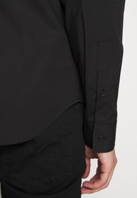 Versace Jeans Couture - BASIC LOGO - Camicia - black - 4