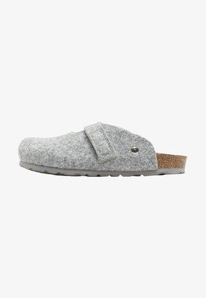 Clogs - grey