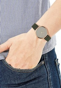 s.Oliver - Watch - green - 0