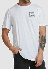 RVCA - ALL THE WAYS - Print T-shirt - white - 2