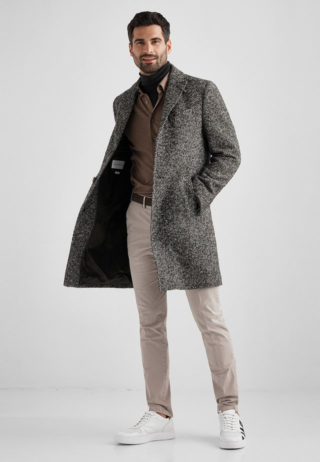 DUNCAN - Classic coat - seal brown