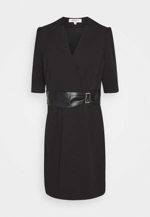 RIMIKO - Shift dress - noir