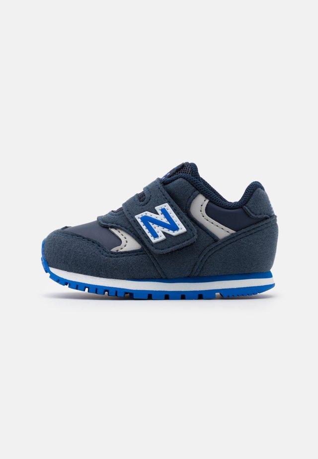 IV393CNV - Sneakers basse - navy