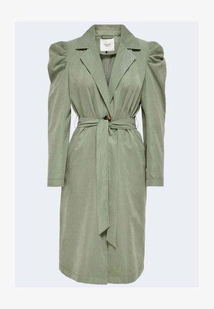 JDYALMOND - Trenchcoat - green