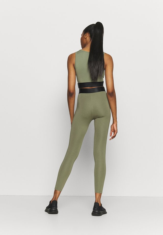 HIGH WAIST BANDED LEGGING - Collants - olive