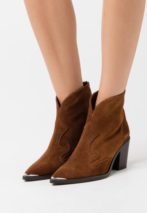 MARCEL - Cowboy/biker ankle boot - brown