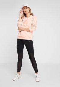 adidas Performance - CREW - Sweatshirt - glow pink - 1