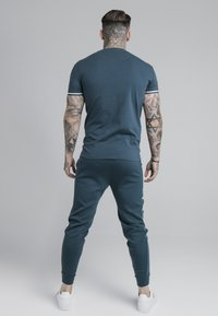 SIKSILK - SIGNATURE TEE - Print T-shirt - ocean green - 2