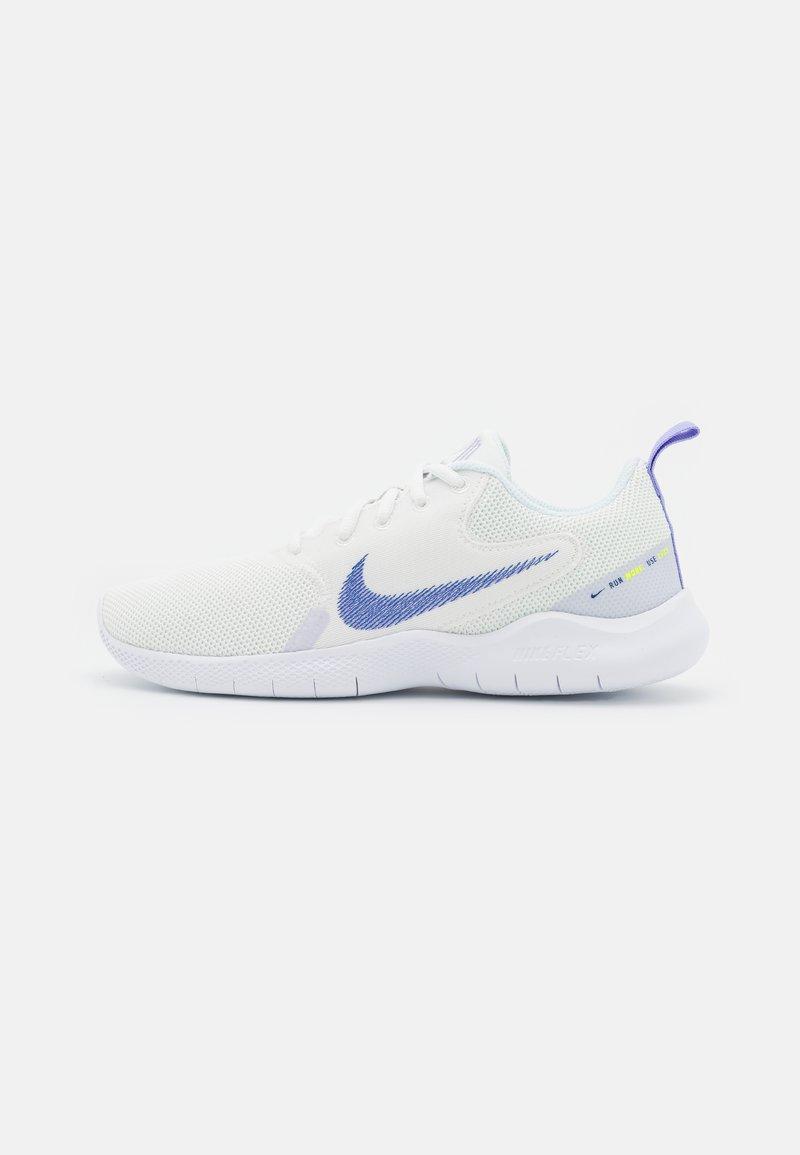 Nike Performance - FLEX EXPERIENCE - Nøytrale løpesko - summit white/game royal/volt glow/purple pulse/pure violet/white