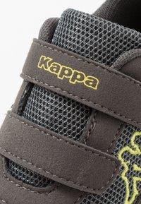Kappa - CRACKER II - Obuwie treningowe - grey/lime - 2