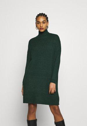 VIRIL ROLLNECK  - Jumper dress - pine grove melange