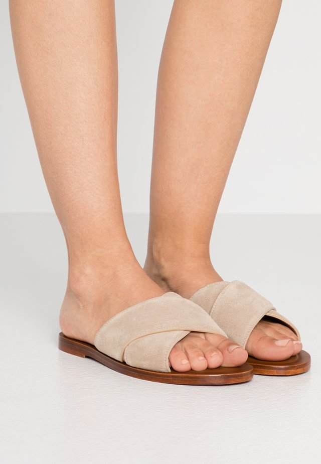 THYME - Mules - barely beige