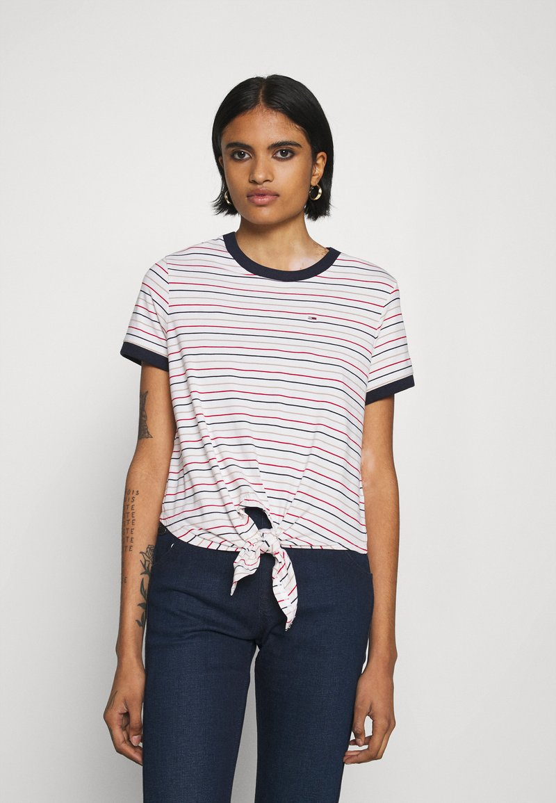 Tommy Jeans - FRONT TIE TEE - Print T-shirt - white/multi