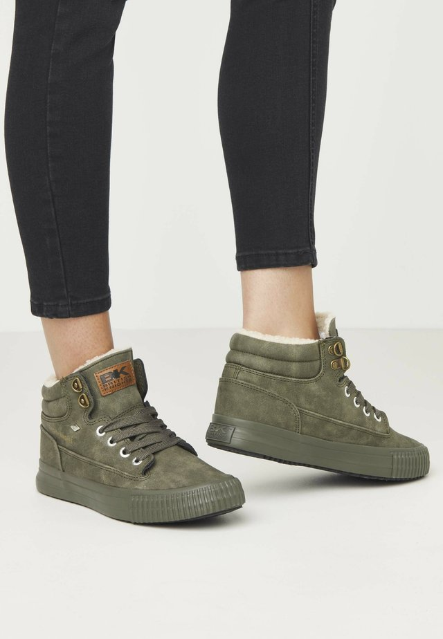 BUCK - Sneakers basse - olive/olive