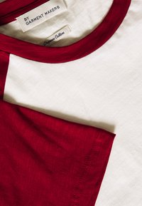 BY GARMENT MAKERS - UNISEX SVEN - Print T-shirt - merlot - 2