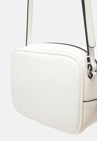 Calvin Klein Jeans - CAMERA BAG - Across body bag - white - 4
