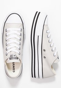 Converse - CHUCK TAYLOR ALL STAR LAYER BOTTOM - Joggesko - pale putty/white/black - 3