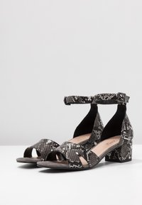 Anna Field Select - LEATHER SANDALS - Sandalen - black - 4