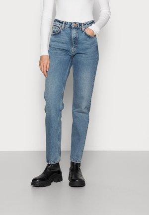 BREEZY BRITT - Jeans Straight Leg - blue bird