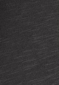 Rich & Royal - HEAVY LONGSLEEVE - Long sleeved top - charcoal - 2