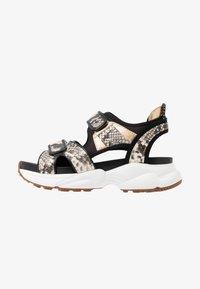 MICHAEL Michael Kors - HARVEY - Platform sandals - nature/black - 1