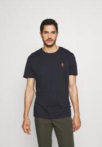 Pier One - 2Pack - T-shirt - bas - olive/dark blue - 1