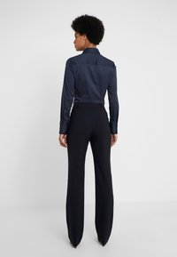 HUGO - THE REGULAR TROUSERS - Kalhoty - navy - 2