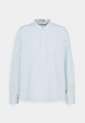 POPLIN PLEATED - Košile - spring blue