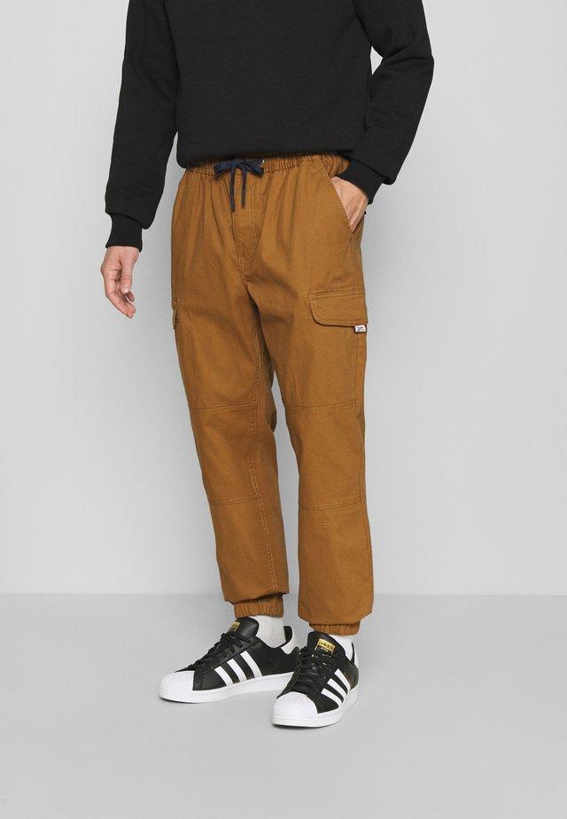 JOGGER - Cargo trousers - desert khaki