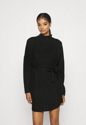 NMCITY AVA SHORT DRESS - Strikket kjole - black