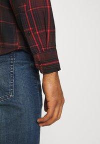 Levi's® - SUNSET POCKET STANDARD - Shirt - bordeaux - 5