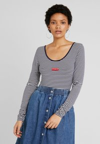 Levi's® - JOSIE  - Long sleeved top - sea captain blue/cloud dancer - 0