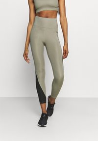 Nike Performance - AIR EPIC FAST - Leggings - light army/black - 0