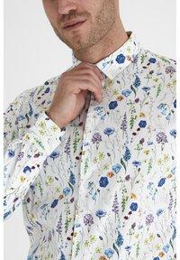 Tailored Originals - Camisa - white - 3