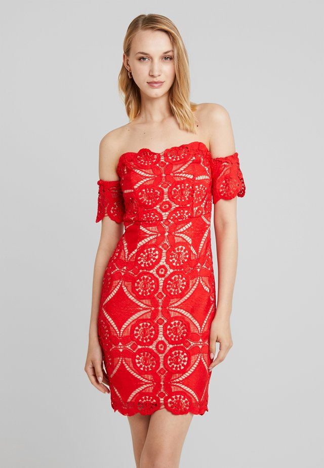 ATOMIC BOMB BARDOT DRESS - Vapaa-ajan mekko - red