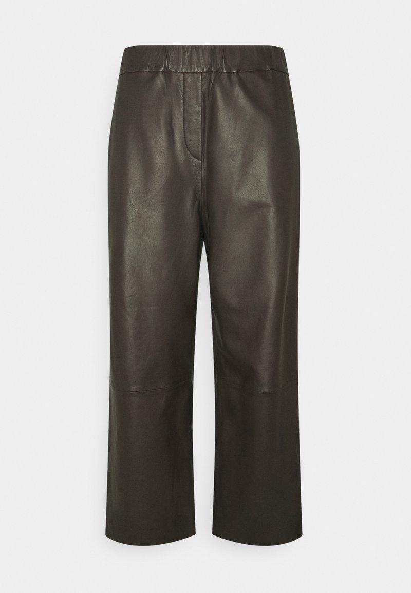 Marc O'Polo - PANTS CULOTTE MEDIUM RISE WIDE LEG CROPPED  - Trousers - black brown
