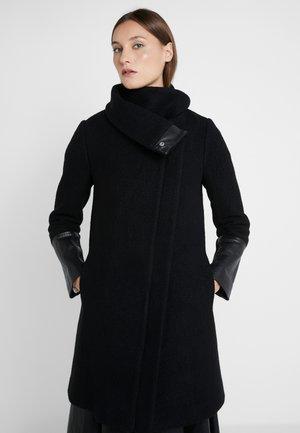 VERONIKKAH COAT - Zimní kabát - black