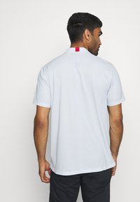 Nike Golf - BLADE - Triko spotiskem - white/gym red/white - 2