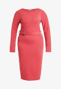 Glamorous Curve - BELTED LONG SLEEVE DRESS - Shift dress - dusty raspberry - 4