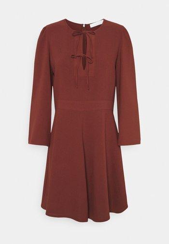 Day dress - blushy tan