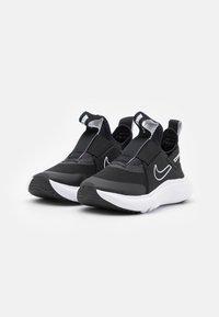 Nike Performance - FLEX PLUS UNISEX - Neutrální běžecké boty - black/white - 1