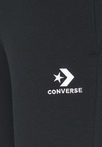 Converse - WOMENS STAR CHEVRON FOUNDATION SIGNATURE PANT - Tracksuit bottoms - black - 2