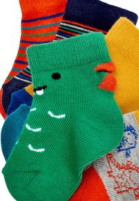 Next - 5 PACK DINOSAUR  - Socks - green - 6