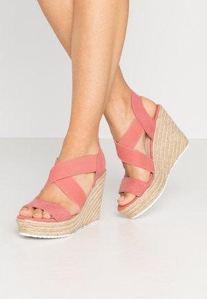ROSEWOD - Korolliset sandaalit - blush/multicolor