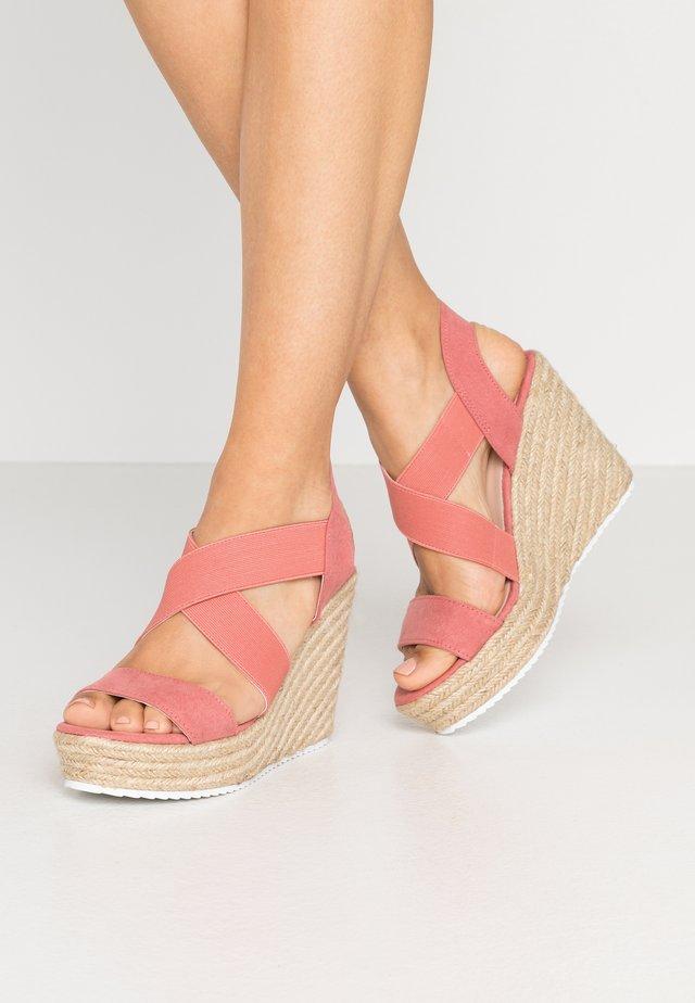 ROSEWOD - Sandaler med høye hæler - blush/multicolor