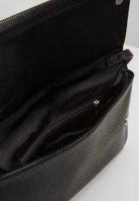 Esprit - CHELSEA - Käsilaukku - black - 4