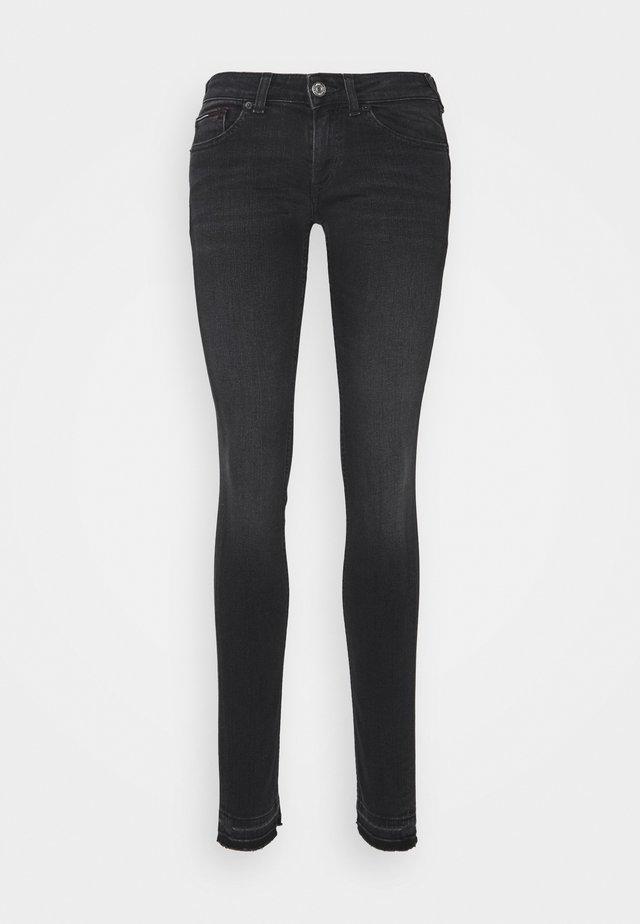 SOPHIE SKINNY ANKLE - Jeans Skinny Fit - ceasar black