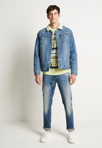 Jack & Jones - JJIJEAN JJJACKET - Džínová bunda - blue denim - 2