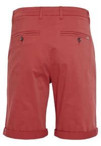 Tailored Originals - ROCKCLIFFE - Shorts - red - 6